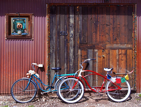 Red Bike, Blue Bike