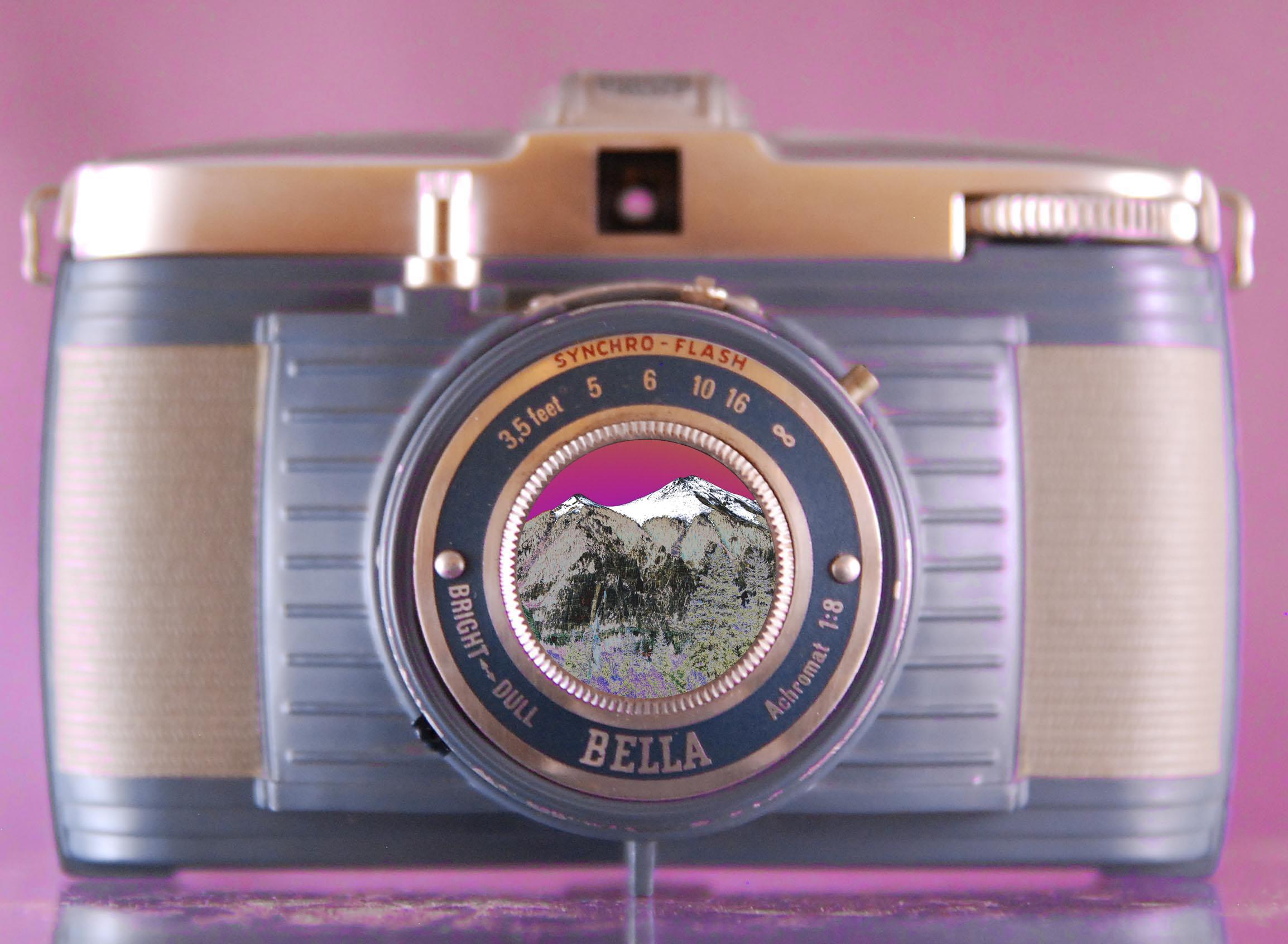 Bella Camera