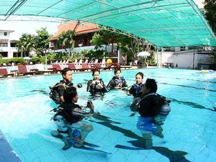 วันแรกกับการเรียนดำน้ำ