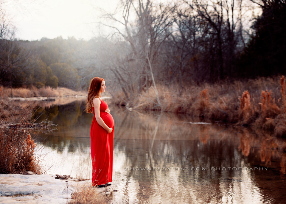 Outdoor Maternity Photographer DFW
