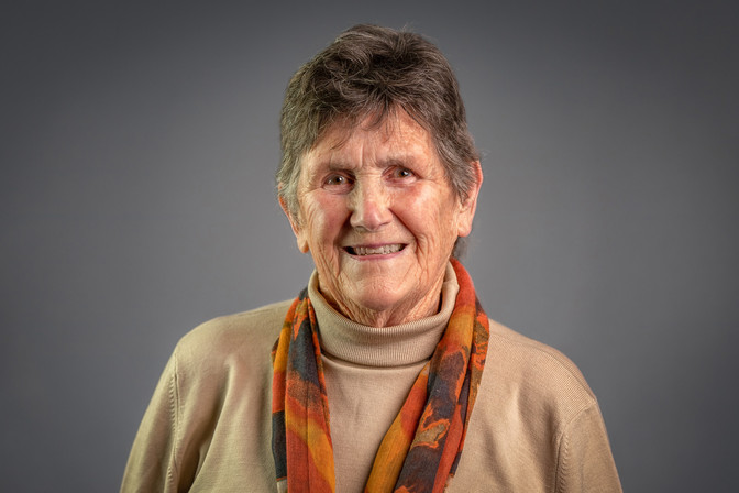 Sally Everitt - Profile Picture.jpg