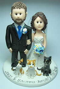 Bride & Grrom Cake Topper with 3 Cats