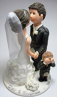 Family Wedding Cake Topper Kissing