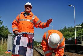 Track worker protection 3.jpg