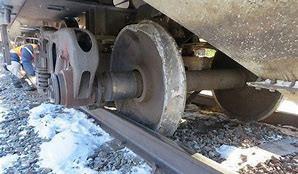 200429 Wheel derailment 05.jpg