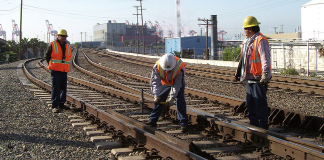 Track worker protection 5.jpg