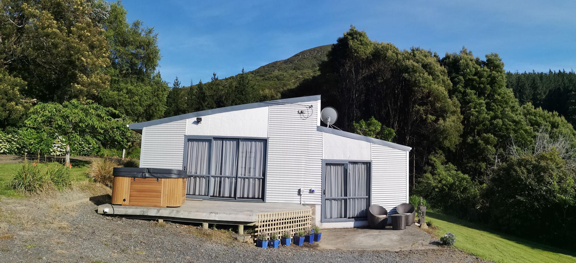 Franza-Farm-The-Club-House-Accommodation