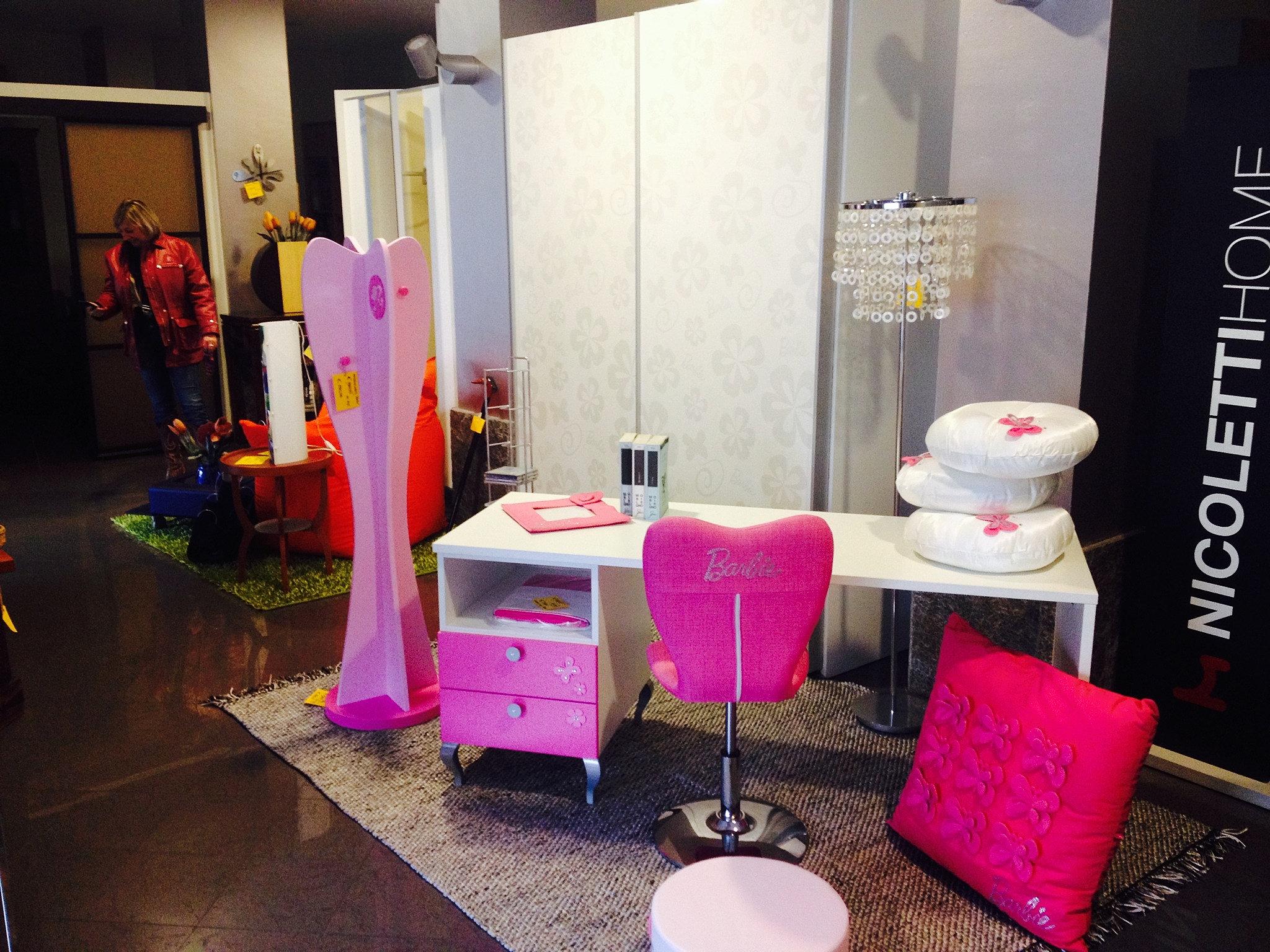 Outlet arredamento e cucine di design cameretta doimo barbie for Arredamento di design outlet