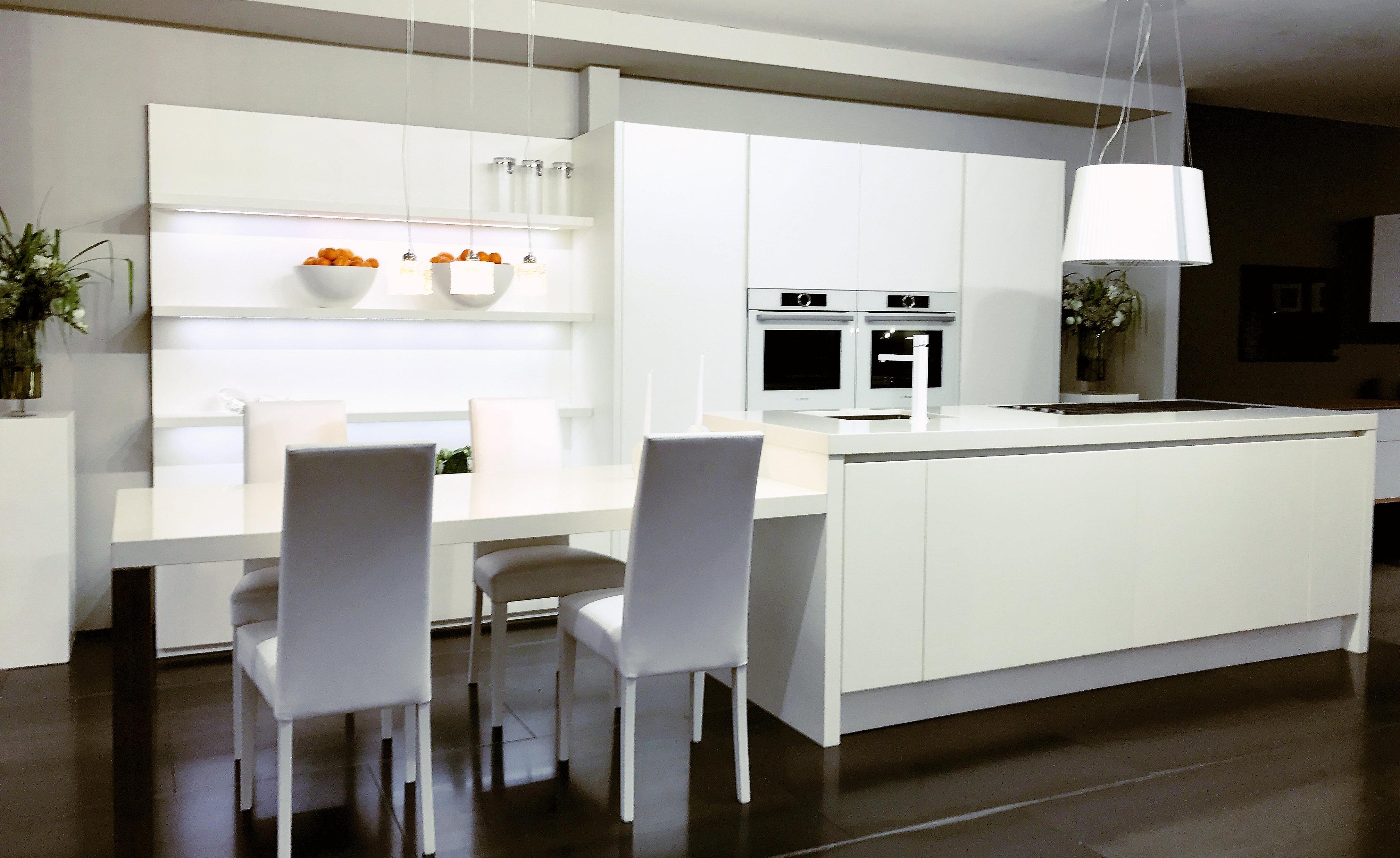 Outlet arredamento e cucine di design cucina ask for Arredamento di design outlet