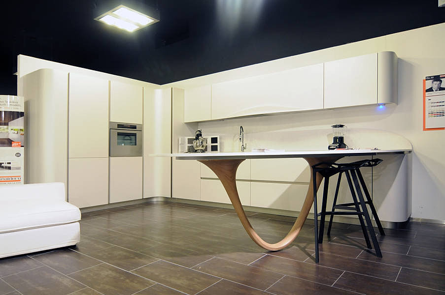 Outlet arredamento e cucine di design snaidero ola 20 for Arredamento di design outlet