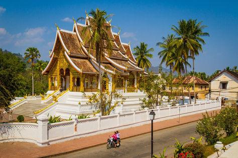 Luang Prabang Temple 2.jpg
