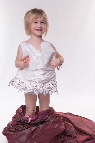 Kids in wedding dress fotografie c-create