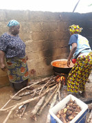 Traditional Nigerian Obe Ata cooking