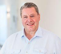 Dr. Kurt F. A. Hess, Zahnarzt, Arzt und Zahntechniker
