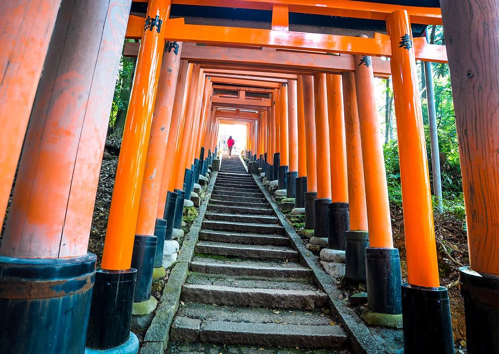 Fushimi Inari Taisha (21 of 42).jpg
