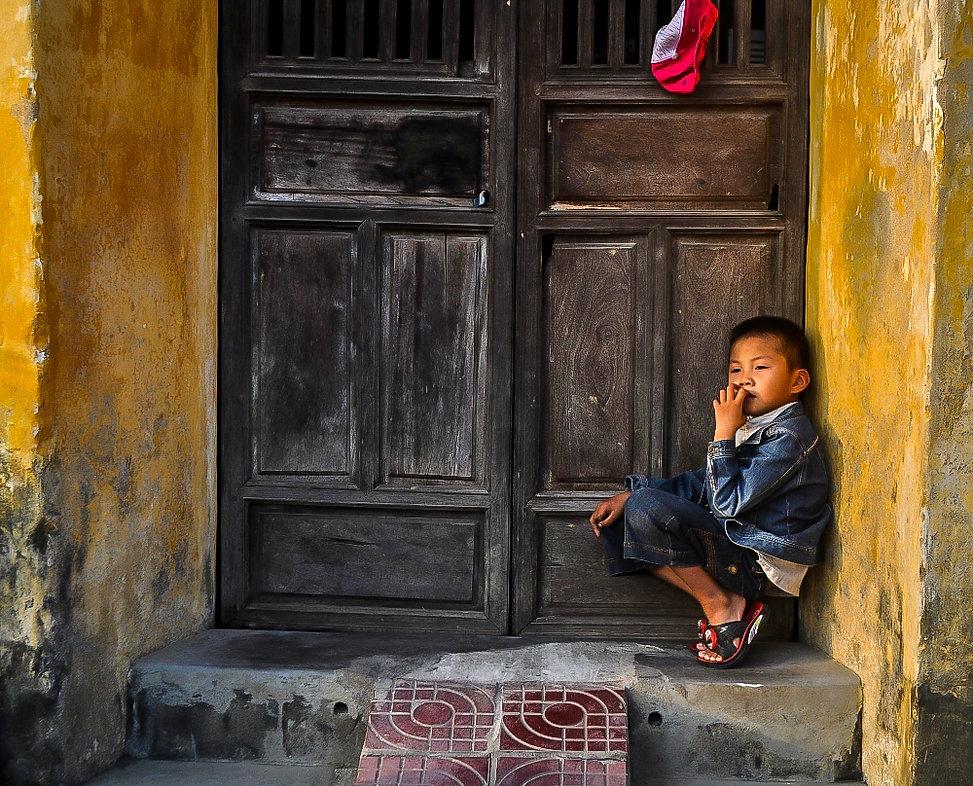 Boy in Hoi An.jpg