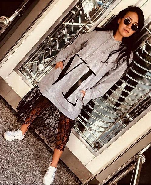 Eteği Dantel Detaylı Kapüşonlu Elbise - Gri