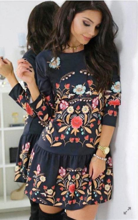 Çiçek Desen Elbise - Siyah
