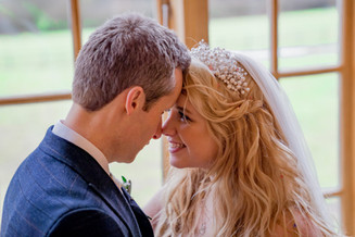 recommended wedding photographer Hyde Barn, Cotswolds