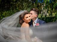 Relaxed Wedding Photographer.jpg