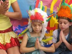 ימי הולדת אינדיאנים הקרנבל של הילה (4)