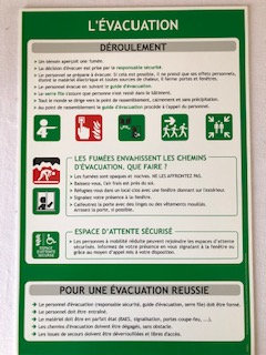Panneau pédagogique évacuation