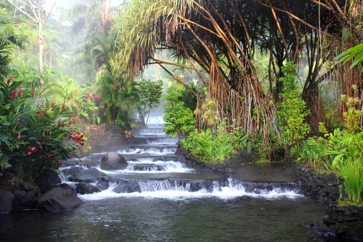 Tabacon-Hot-Springs-Costa-Rica-Travel.jp