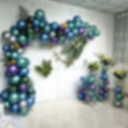 ballons garland.jpg