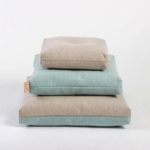RÓ Cushions