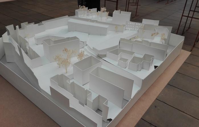 Block interior localizated south of Largo do Rato Made by Carolina de Moura