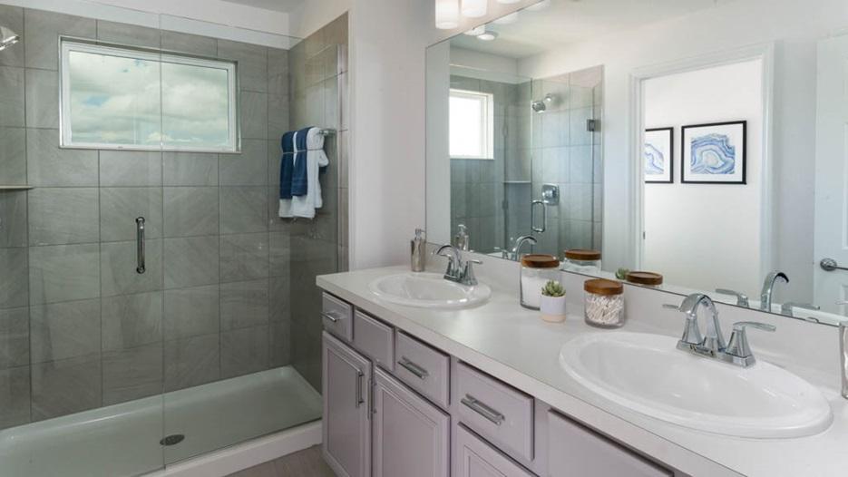 milan7webownersbathroom