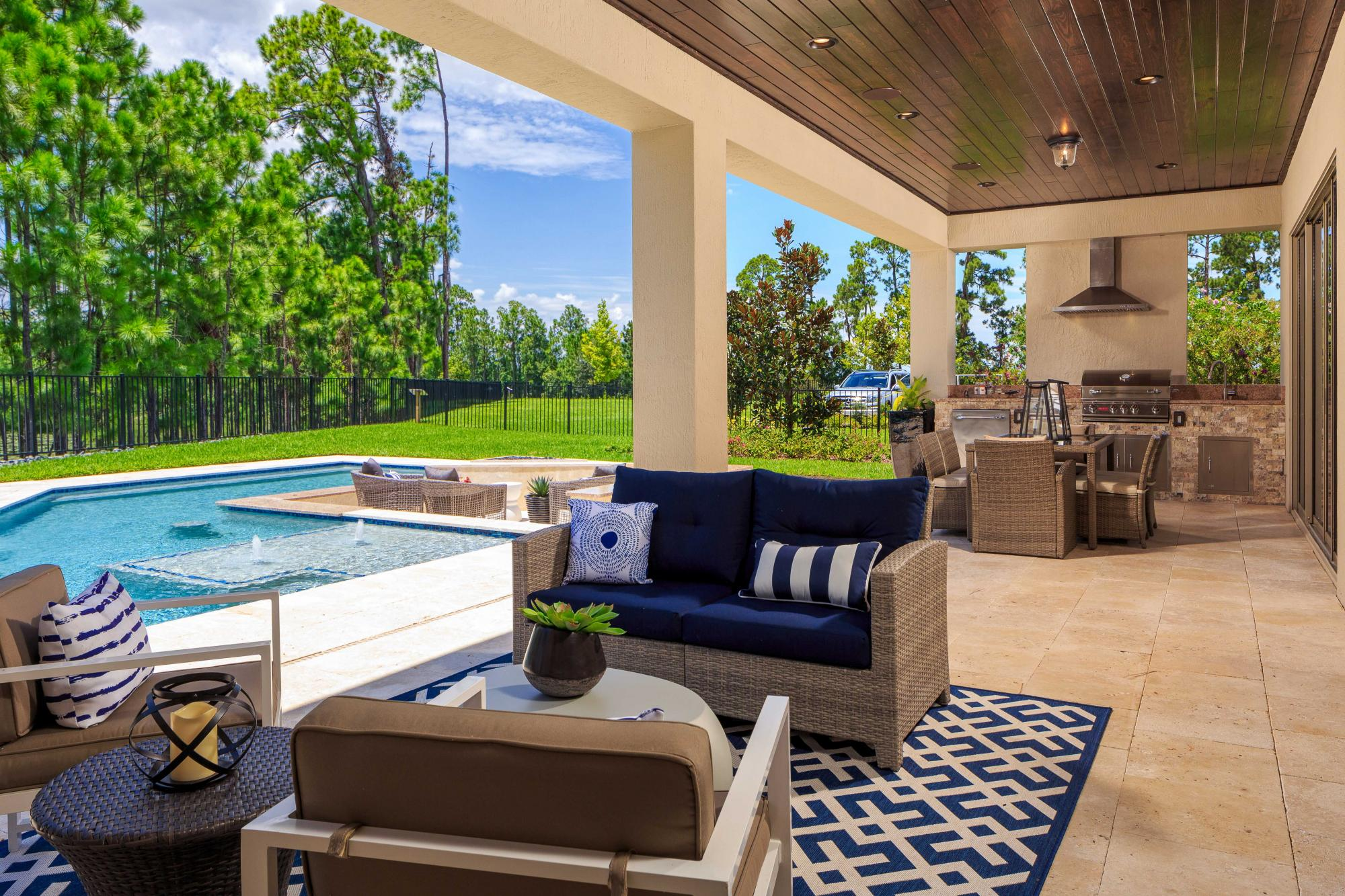 443385387770831_avalon_cove_patio