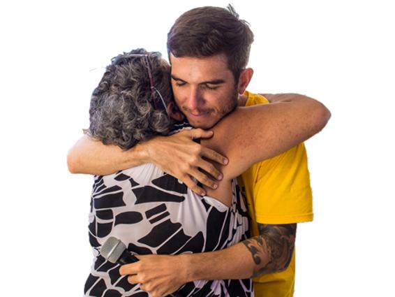 abraço_yoga_do_riso_-_cópia.png