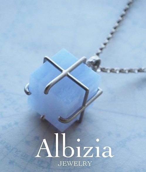 """Al-2828_Pn_ブルーレースアゲート""""Giftbox""""ペンダントトップ"""