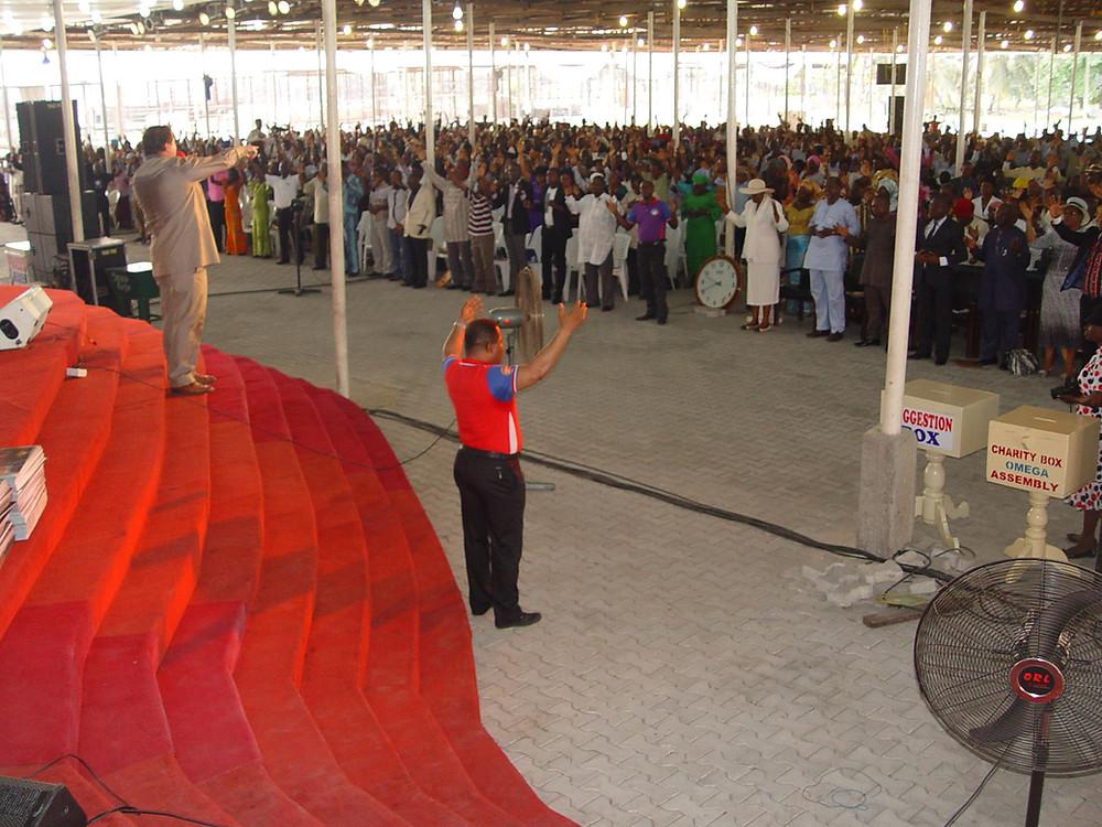 Warren Hunter preaching in South Africa-Sword Ministries International
