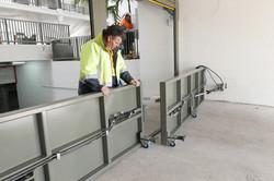 Automated hinge gate