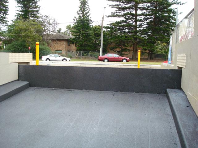 Ram Pull barrier
