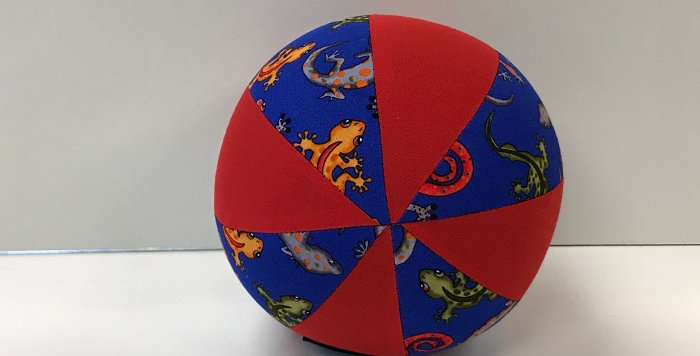 Balloon Ball Small - Geckos on Blue with Red Panels