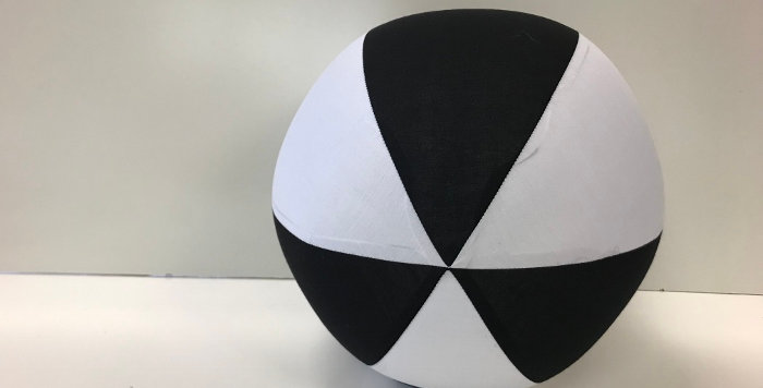 Balloon Ball AFL - Black White - Magpies Collingwood