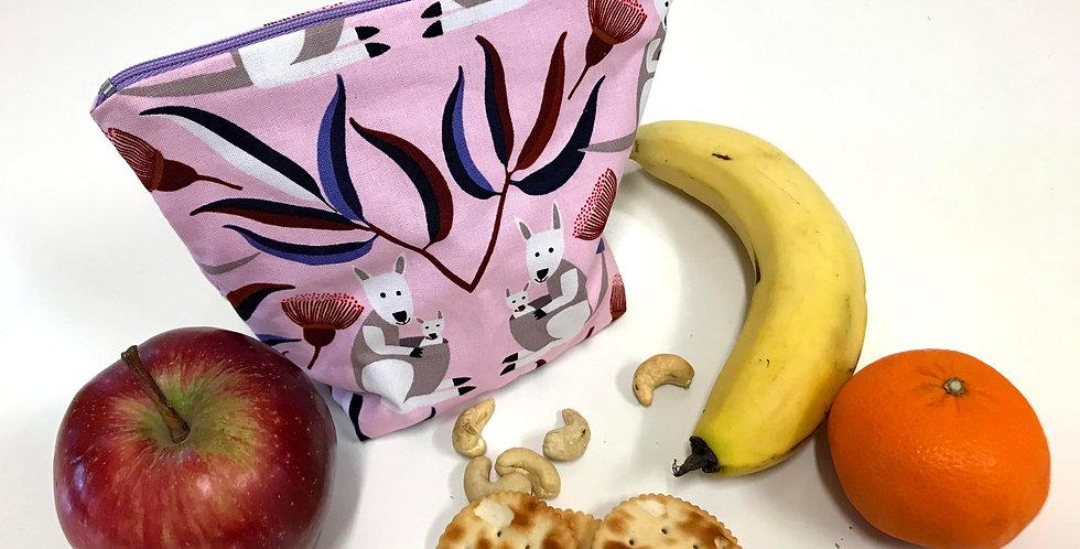Reusable Food Safe Lunch / Snack Bags - Light Pink Kangaroos - White Lining