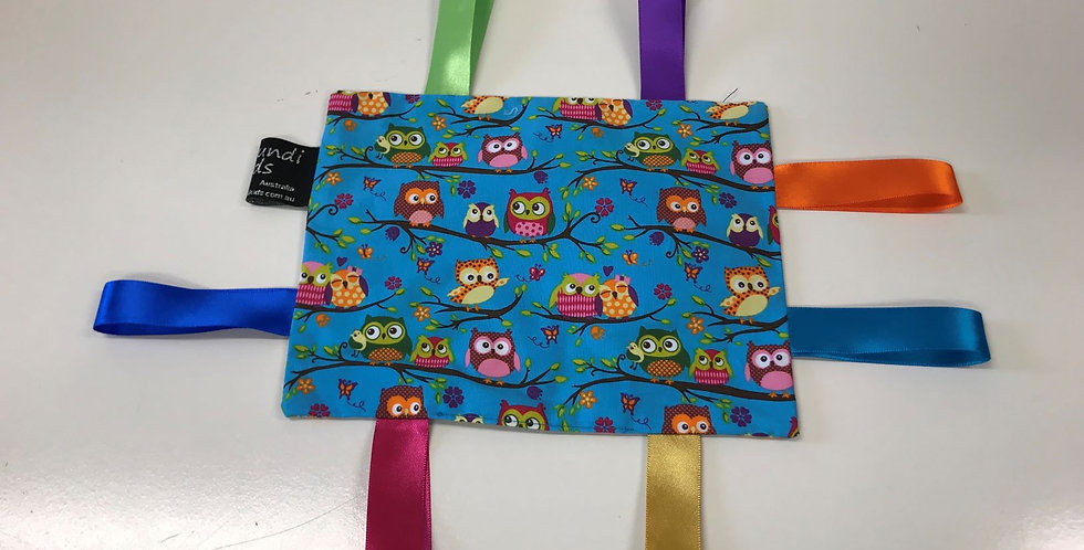 Taggie Cloth - Coloured Owls on Aqua