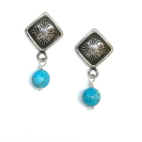 Diamond Hitch Earring w/Pearl
