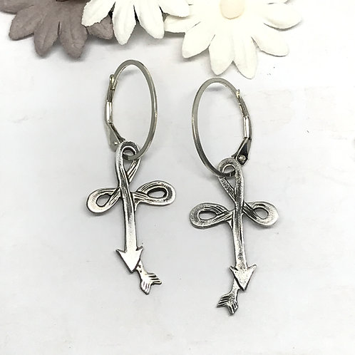 Cross Pattern Earrings/Lever Hoop