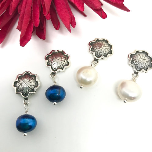 Conchita Earring/ Pearl