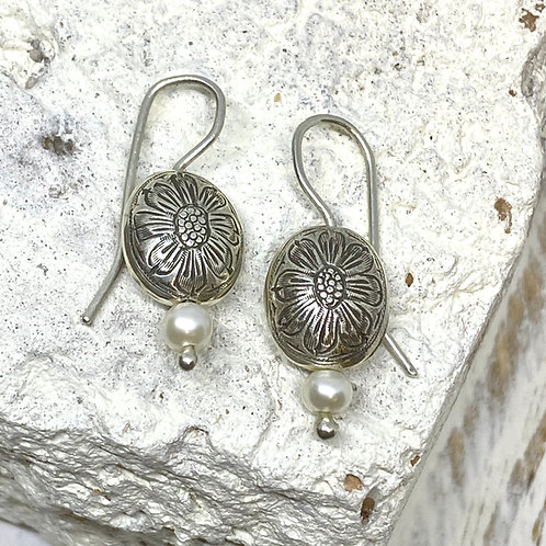 Daisy Wire Earrings