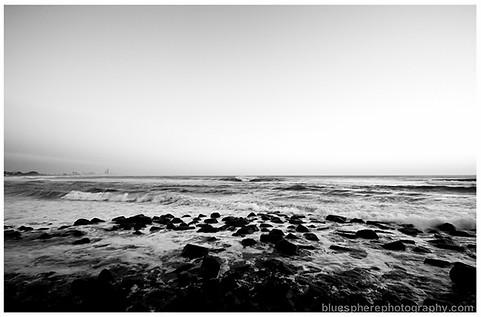 bluespherephotography.com © - OCEAN VIEWS - Burleigh B+W Rocks