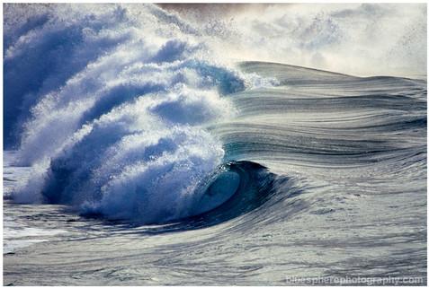 bluespherephotography.com © - OCEAN VIEWS - Waimea Waveline Hawaii