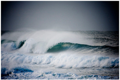 bluespherephotography.com © - OCEAN VIEWS - Cyclone Swell Secret Spot
