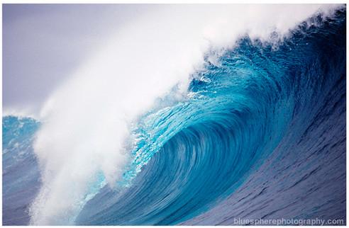 bluespherephotography.com © - OCEAN VIEWS -Tahiti Chopes Barrel