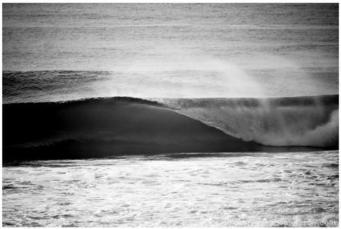 bluespherephotography.com © - OCEAN VIEWS - Curl B+W, Burleigh